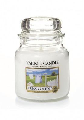 Ароматическая свеча Yankee Candle Clean Cotton / Чистый хлопок