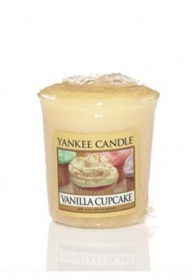 АРОМАТИЧЕСКАЯ СВЕЧА YANKEE CANDLE Vanilla Cupcake / Ванильный кекс
