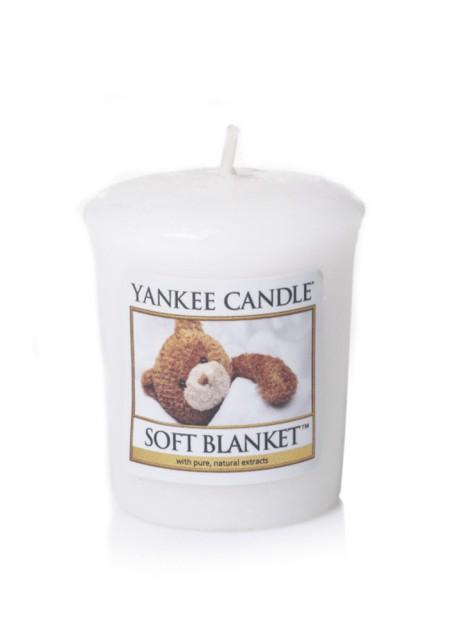 АРОМАТИЧЕСКАЯ СВЕЧА YANKEE CANDLE Soft blanket  / Мягкое одеяло