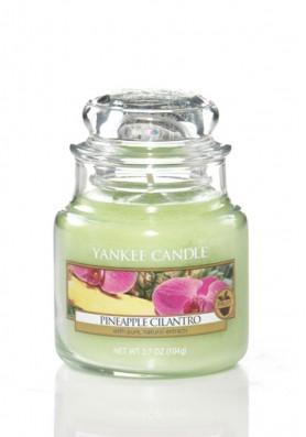 Ароматическая свеча Yankee Candle Pineapple cilantro / Ананас и кинза