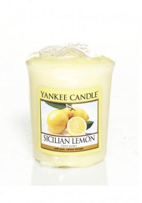 АРОМАТИЧЕСКАЯ СВЕЧА YANKEE CANDLE  Sicilian Lemon / Сицилийский лимон