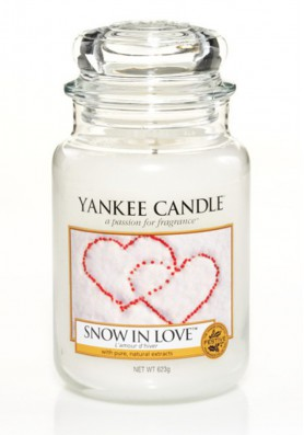 АРОМАТИЧЕСКАЯ СВЕЧА YANKEE CANDLE Snow In Love / Снежная любовь