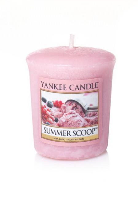 Ароматическая свеча Yankee Candle Summer scoop / Кусочек лета