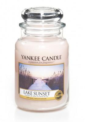 АРОМАТИЧЕСКАЯ СВЕЧА YANKEE CANDLE Lake Sunset / Закат на озере