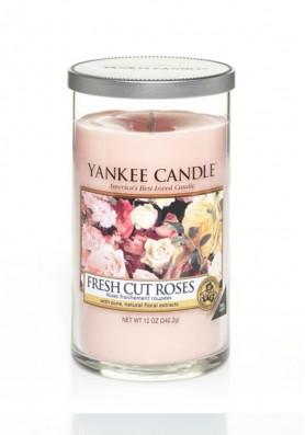 АРОМАТИЧЕСКАЯ СВЕЧА YANKEE CANDLE FRESH CUT ROSES / СВЕЖЕСРЕЗАННЫЕ РОЗЫ