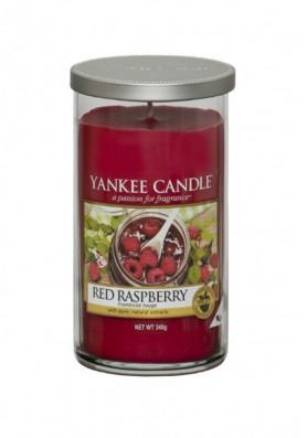 Ароматическая свеча в стакане Yankee Candle Red Raspberry / Красная малина