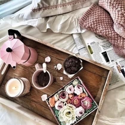 Желаем всем прекрасного дня! Задавайте настроение с помощью вкусного и красивого завтрака 🥰, а в качестве аромата выбирайте французские свечи Durance! 🇫🇷 . Наш сайт DURANCERUSSIA.RU . И до встречи в нашем шоу-руме 💫